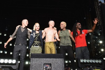 WASHINGTON, D.C., - APRIL 18: No Doubt performs onstage during Global Citizen 2015 Earth Day on National Mall to end extreme poverty and solve climate change on April 18, 2015 in Washington, DC. (Photo by Noam Galai/Getty Images for Global Citizen)