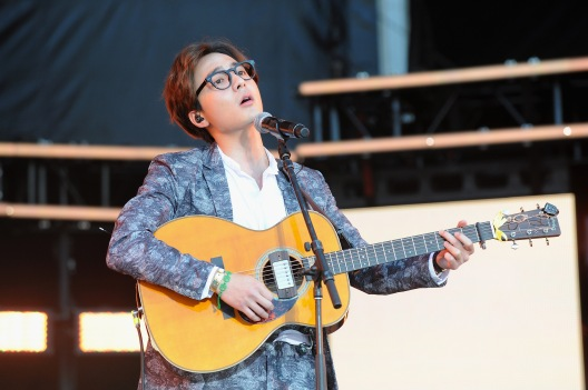 WASHINGTON, D.C., - APRIL 18: Singer-songwriter Roy Kim performs onstage during Global Citizen 2015 Earth Day on National Mall to end extreme poverty and solve climate change on April 18, 2015 in Washington, DC. (Photo by Richard Chapin Downs Jr./Getty Images for Global Citizen)