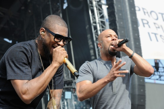 WASHINGTON, D.C., - APRIL 18: Musicians Usher and Common perform onstage during Global Citizen 2015 Earth Day on National Mall to end extreme poverty and solve climate change on April 18, 2015 in Washington, DC. (Photo by Richard Chapin Downs Jr./Getty Images for Global Citizen)