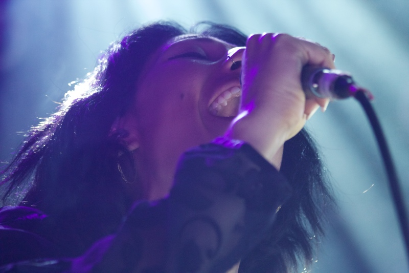 "Tei Shi performs ""Nevermind the End"" at the 9:30 Club. (Julia Lerner/Bloc Reporter)"