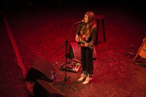 Singer-songwriter, Victoria Reed, opens to a packed crowd at Lincoln Theatre for Citizen Cope. (Cassie Osvatics/Bloc Reporter)