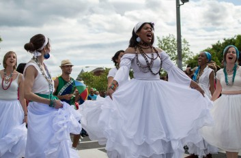Dancers from the Vavá United School of Samba impress as they march through the Funk Parade. (Cassie Osvatics/Bloc Reporter)
