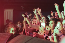 Members of the crowd sing along and take pictures during Catfish and the Bottlemen's performance. (Casey Tomchek/ Freelance Photographer)