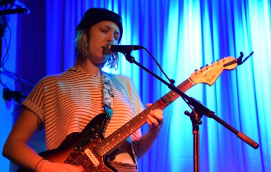 Purrer frontwoman Amanda Glasser leads the Baltimore-native three-piece on their opening set for The World Is A Beautiful Place & I Am No Longer Afraid To Die at the Metro Gallery Sunday, Jan. 29, 2017. (Jordan Stovka/Bloc Reporter)