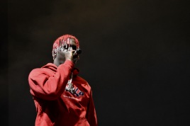 Lil Yachty performs on stage at Art Attack XXXV on Friday, May 4 (Sara Karlovitch/Bloc Reporter).