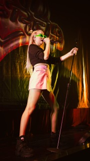 Kim Petras on stage October 4 (Casey Tomchek/Bloc Photographer)