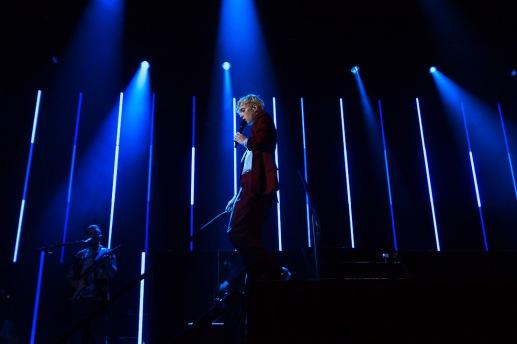 Troye Sivan on stage October 4 (Casey Tomchek/Bloc Photographer)